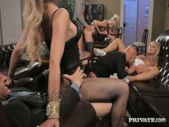 Gratis massaggio salotto sesso video
